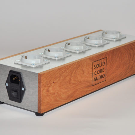 Solid_Core_Audio_Power_Supply_1
